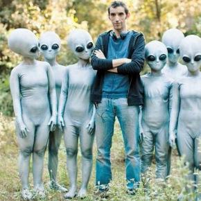 L'ultimo terrestre: storia di un'Alien(azione) sulle orme di Tinto Brass e Ugo Gregoretti